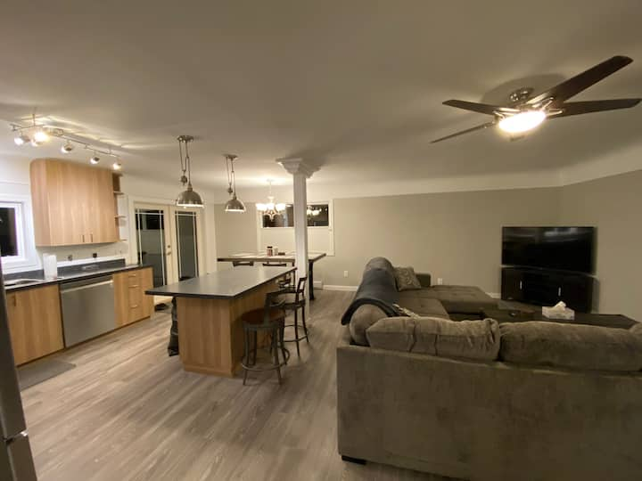 3 Bedroom Home in the Heart of the Westshore