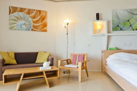 Luxury sea view beach apt w balcony - Herzliya - Apartment
