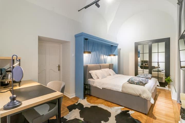 Mid City Apartments 3