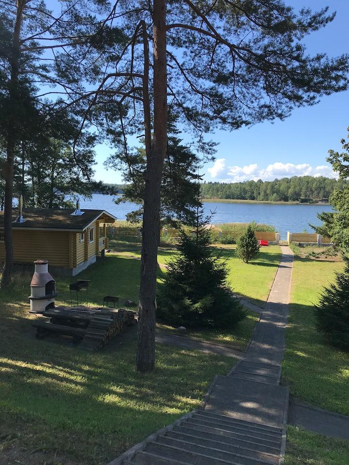 Дом на берегу финского залива