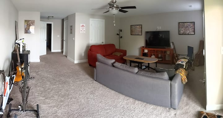 Harrisonburg Room with Private Entrance