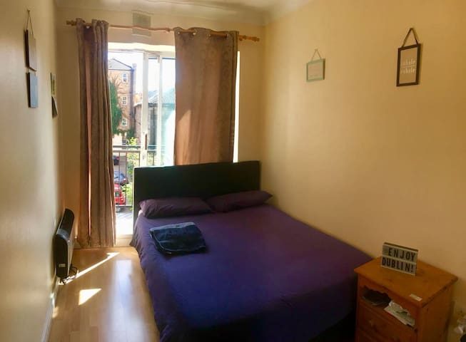 Lovely Double Bedroom in Dublin City Center.