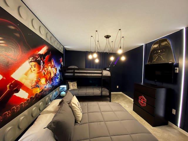 Star Wars bedroom (upstairs)
