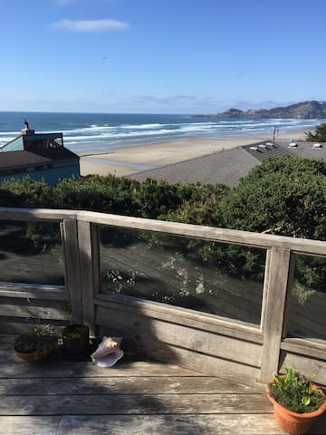 Spacious house with amazing view - Newport - House