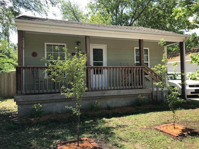 North Riverside Cottage