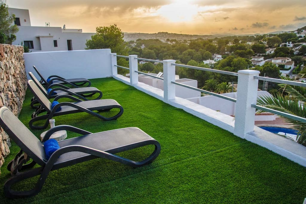 Brand new extended terrace with good quality sunbeds