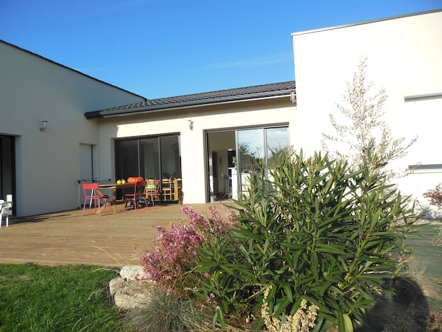 grande maison neuve contemporaine - Niort