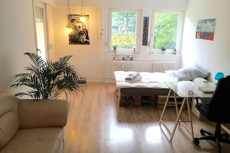 Spacious and charming - Berlin