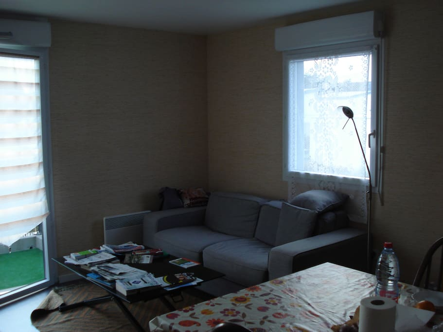 Appartement r cent t3 calme prix low cost for Canape low cost