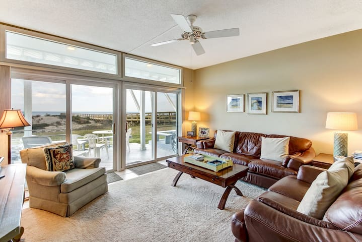 Beachfront Condo- Amazing views from decks - Fernandina Beach - Townhouse