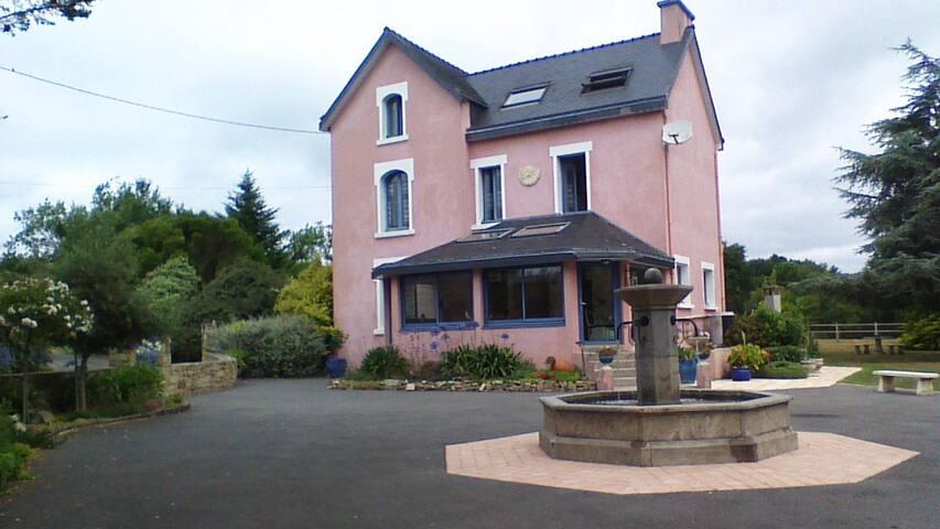 Chambre avec piscine - Quéven - House