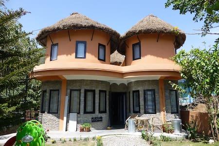 Maya Devi Village - Standard Lodge - Похара
