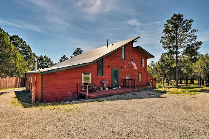 NEW! Home w/ Hot Tub & Deck, 5 Miles to Ruidoso!
