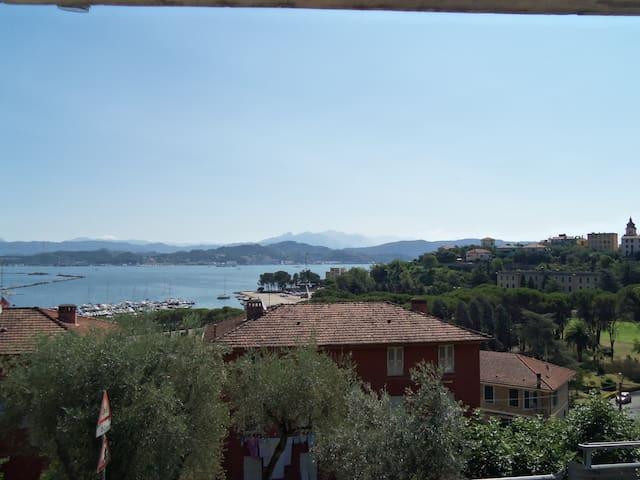 Trilocale a 15 minuti dalle 5 Terre - La Spezia - Byt