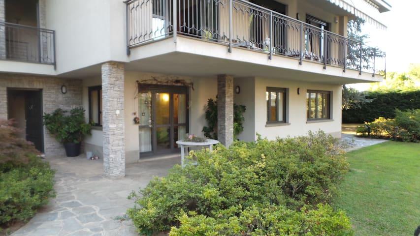 Ampio appartamento con giardino - Seregno - Apartamento