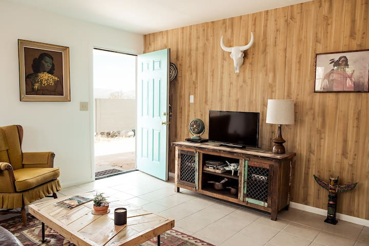 Havalina High Desert Homestead