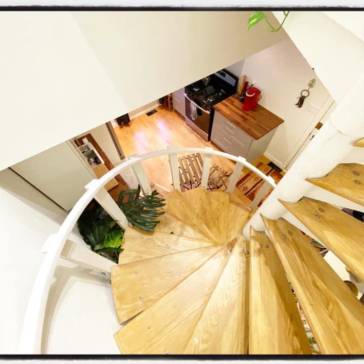 Beautiful apartment in Prime Cabbagetown