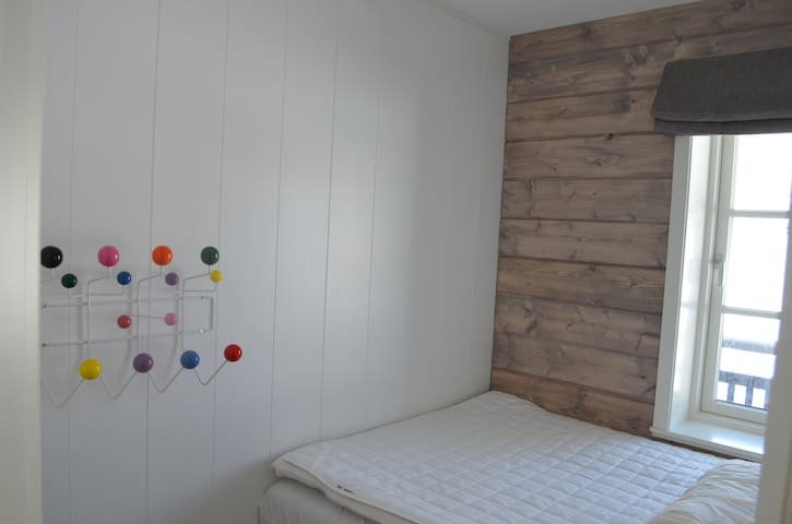 Bedroom nr 3 with queen size bed