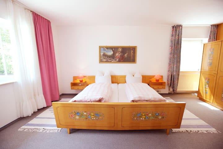 Gästehaus Huber - 3er Zimmer Triple - Feichten - Casa