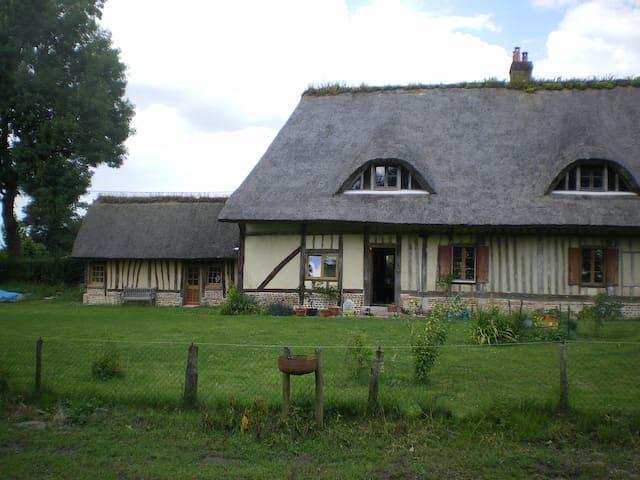 La Chaumière rustig in Normandië - Sainte-Foy - Otros