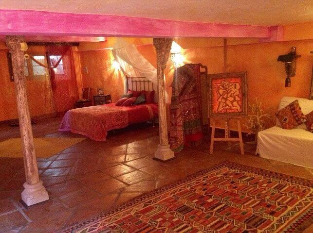 Fabulous room with Oriental Spirit - La Alcaidesa - Chatka