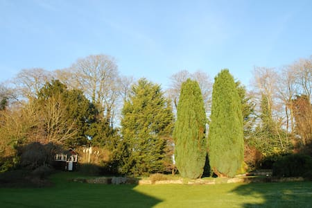 A double bedroom - Beckington - Bed & Breakfast