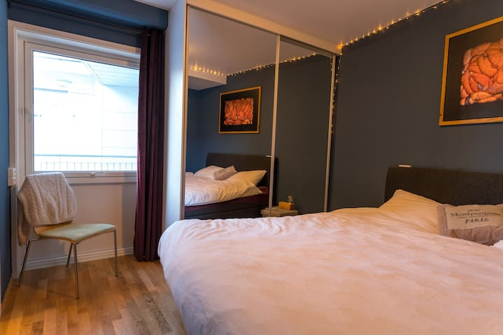 Big bedroom with 1.80 m bed