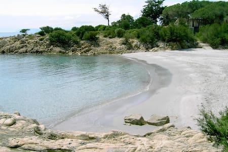 Rulotte  a Cala liberotto a 50 mt.dal mare,, - Orosei - Camper/RV