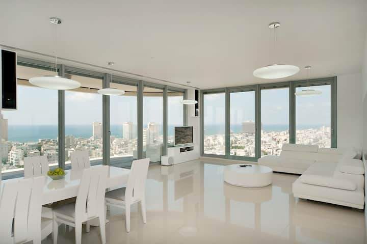 President Suite \ Frishman Tower