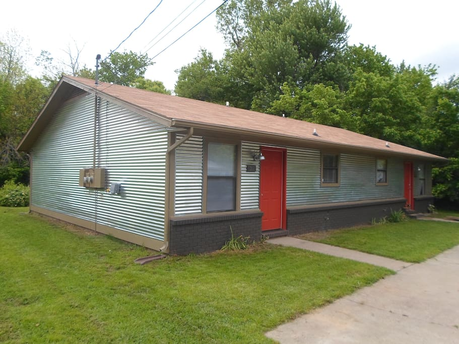 Sunny 2br Duplex Close To Uofa Apartments For Rent In Fayetteville Arkansas United States