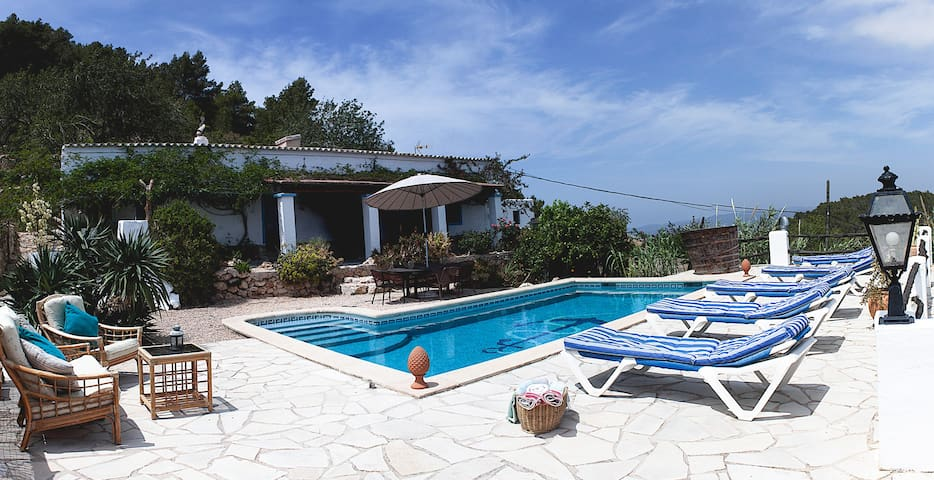 IBIZA NATURE POOL - St Josep de sa Talaia - House