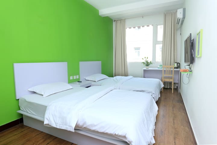 Bright Comfortable Twin Room - Xi'an - Apartment