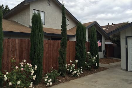 Beautiful 3 bedrm 2 bath in Wine Country - Lompoc