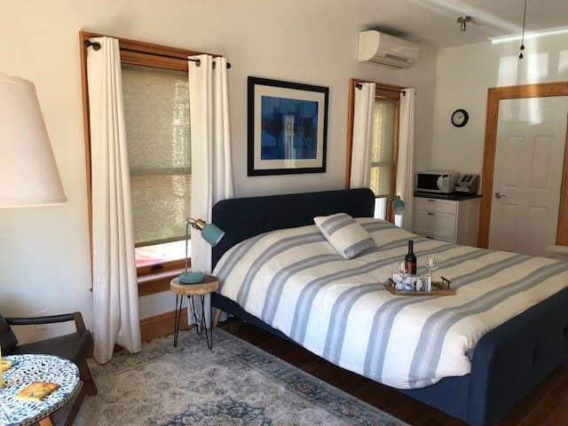 The Empire Suite in Picton