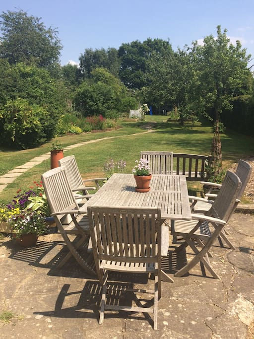 Lovely garden to sit, relax, bbq and enjoy the beautiful countryside around.