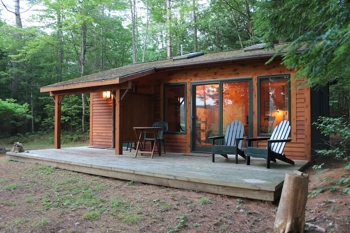 Adirondack Riverfront Retreat - Jay - Cabin