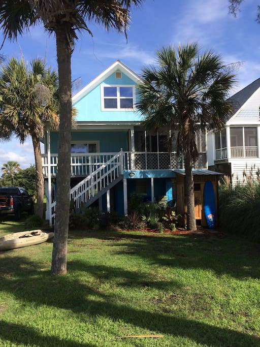 chunky monkey houses for rent in folly beach south carolina united states. Black Bedroom Furniture Sets. Home Design Ideas