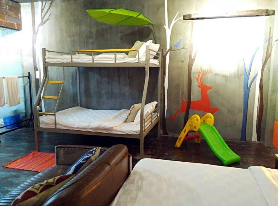 子母床和儿童区