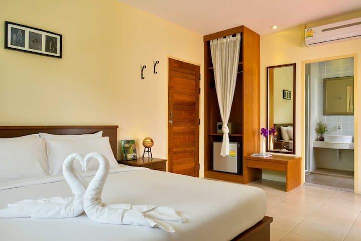 2-bedroom Villa at Cha-am Beach