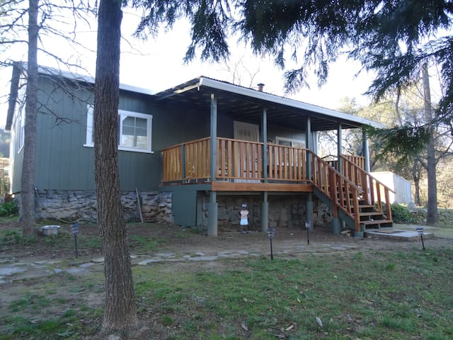 Wine Country Cabin - Somerset - Kabin