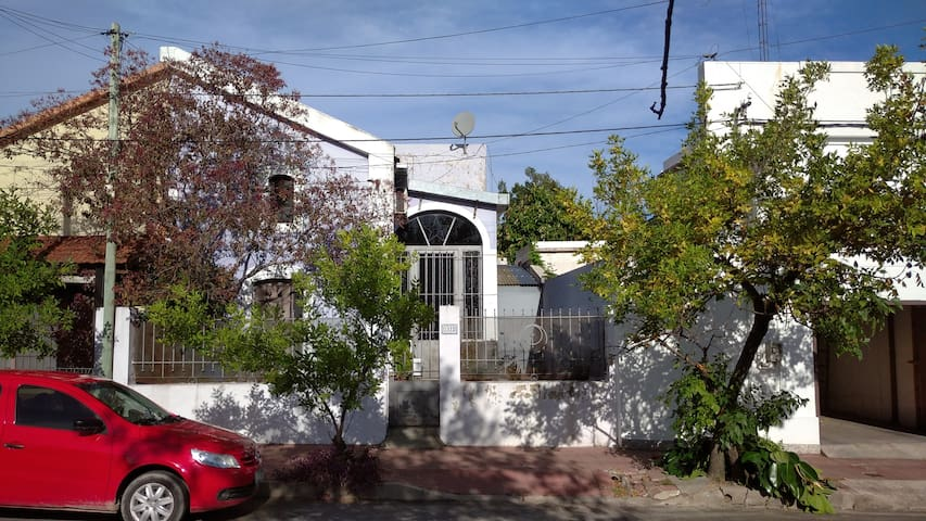 Casa plaza Bellavista (precio por cuarto )