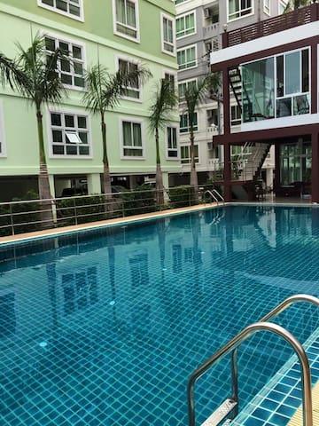 Convenient room @Amata, Chonburi - Chonburi, Thailand - Apartment