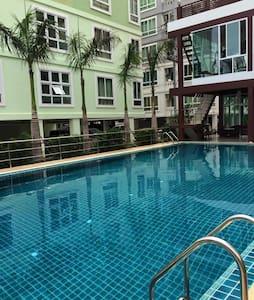 Convenient room @Amata, Chonburi - Chonburi, Thailand - Apartamento