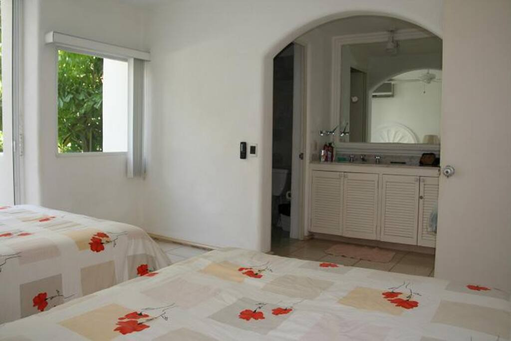 The girl´s room on the first flor with private bathroom