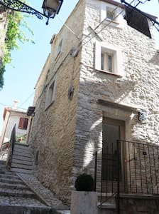 "Holiday apartment ""Rivellini"" - Casperia - Huoneisto"