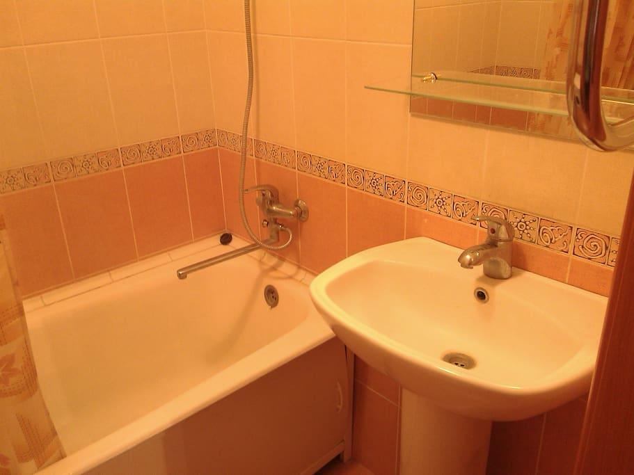 Ванна с душем