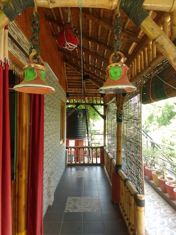 Excellent Bamboo House - Hyderabad - Casa