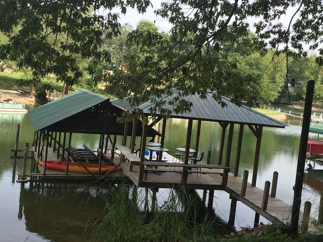 Lake Norman Getaway