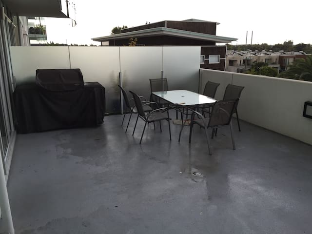 Huge balcony space, 35m2, with plenty of room for relaxing in the sun, with a great barbeque for cooking your dinner!