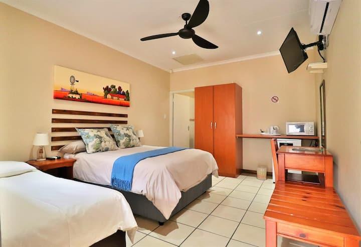 Luxury room 1.3 km from Nelspruit Mediclinic